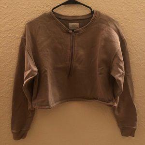 Cropped 1/2 Zip Sweatshirt